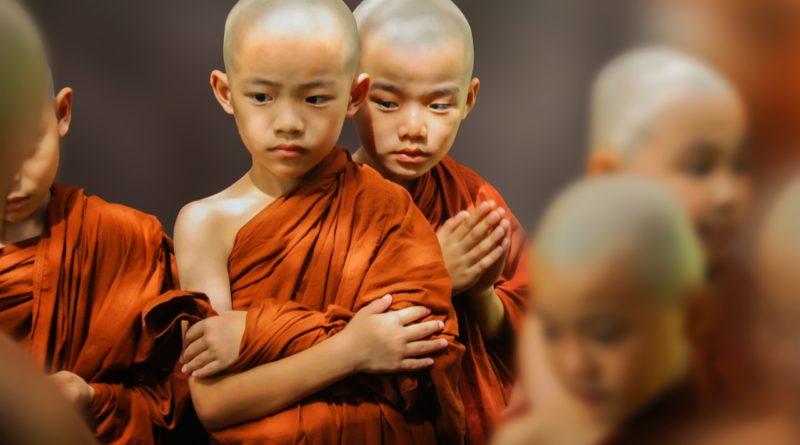 Bhaisajyaguru: il Buddha della Medicina e la Medicina di Buddha