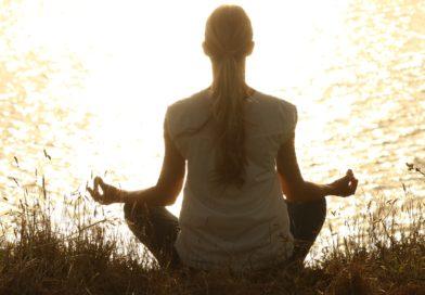 Meditazione e benessere: i benefici della pratica meditativa sulla nostra mente